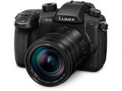 Panasonic Lumix DC-GH5 med Leica DG Vario-Emarit 12-60 mm F2.8-4.0 objektiv
